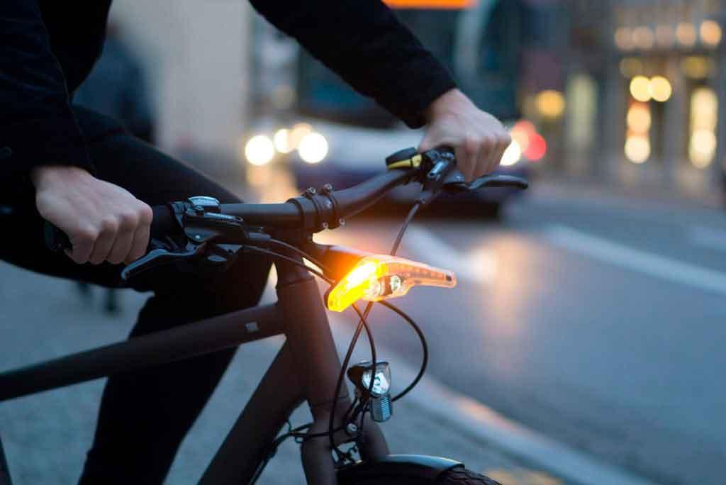 Будь заметен! Дизайнерский вело фонарь.