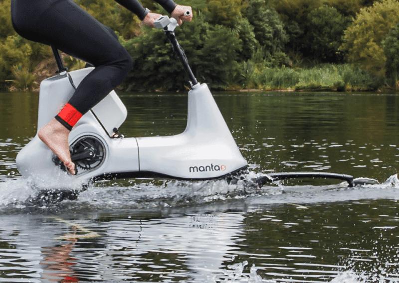 Вы уже видели водный велосипед?