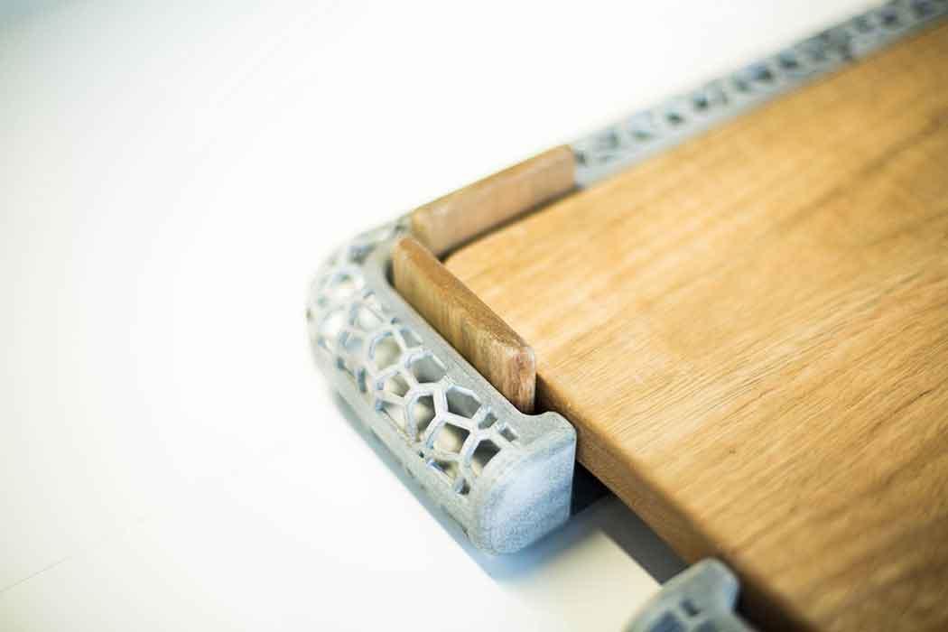 Дизайн кухонной доски для одной руки.