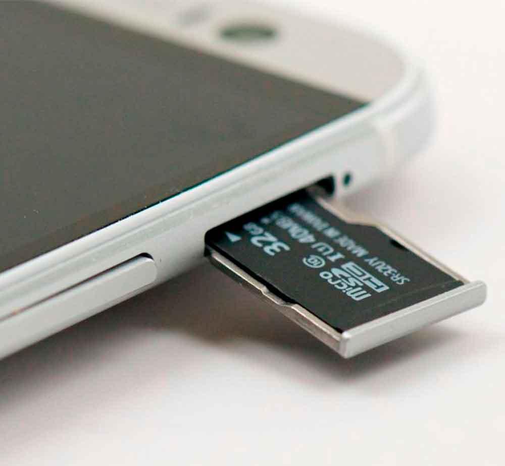 Сравнение Samsung Galaxy и iPhone