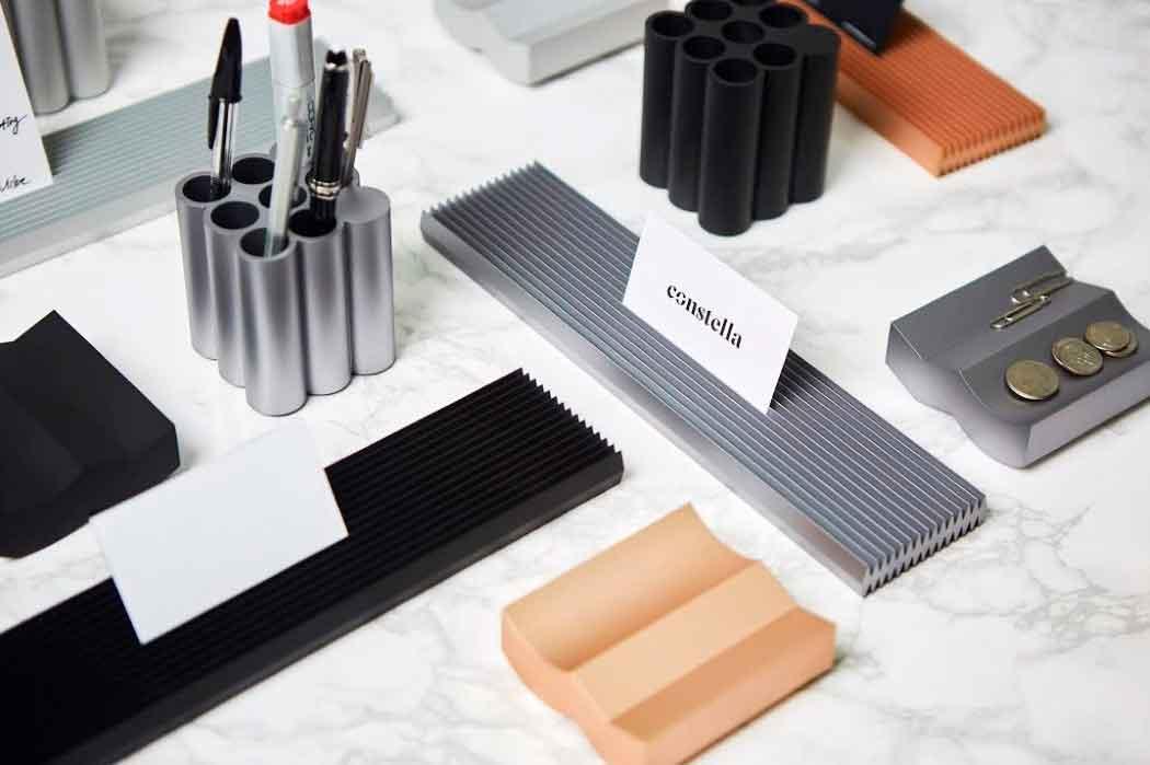 Классные аксессуары для организации рабочего стола серии Deskape