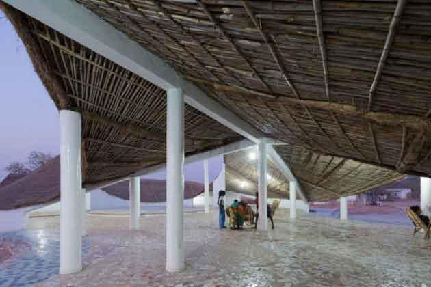 Крыша дома культуры и искусств