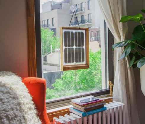 Солнечная панель на окн