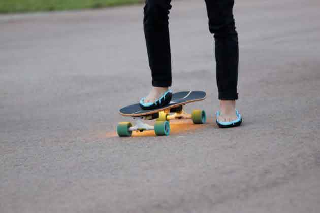 шлепки-кроссовки flip-shoes