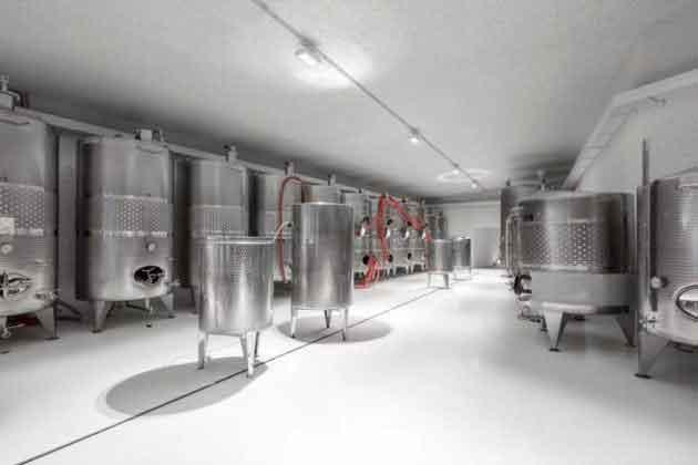 Цех изготовления вина